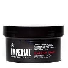 Imperial Barber Blacktop Pomade 177gr: Έχει μια μαύρη απόχρωση και είναι κατάλληλη για να διατηρήσει σταθερό οποιοδήποτε στυλ επιθυμείτε, ακόμα και για να καλύψει γκρίζες τρίχες.